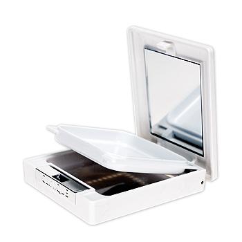 クリニーク ダーマ ホワイト ブライト-C用パクトのイメージ画像